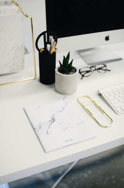 8 tips for finding the perfect office decor idea